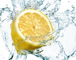lemon-water-splash-up-bs2-698x3921